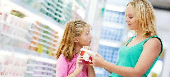 Простые способы рассказать маме о месячных - намекни в магазине