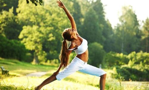 Упражнения и гимнастика при месячных