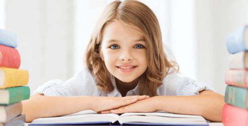 Что делать, если месячные начались в школе?